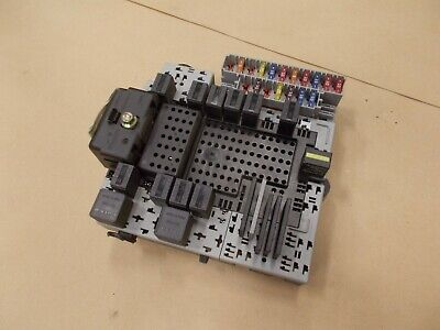 03-04 volvo xc90 left rear trunk fuse box relay block module oem