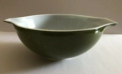 Vintage Pyrex Verde Avocado Green Large Spouted Cinderella Mixing Bowl 444
