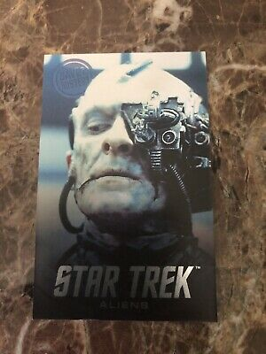 Dave and Buster's Aliens Star Trek Non Foil Borg Arcade Card