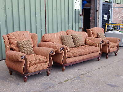 """Large Millbrook """"Opus"""" traditional three piece suite 3 seater sofa 2x armchairs"""