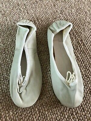BALLET SHOES / DANCE SHOES Flat LEATHER Light Green - SIZE 5