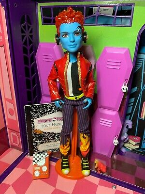 Monster High Doll - Holt Hyde - Wave 1 Boy Complete Ring - Great Condition