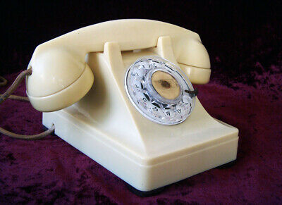 Vintage Bell Western Electric Ivory F1 Rotary Telephone