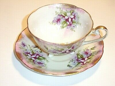 Royal Sealy China Japan 3 Toed Teacup and Saucer w/ Violets & Gold Trim