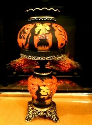 VINTAGE HALLOWEEN WITCH'S*HAUNTED HOUSE*3- WAY HURRICANE LAMP*by Peggy G