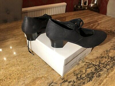 Black canvas tap Shoes -  cuban heel tap shoes - Size 5.5