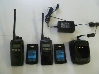 TWO Kenwood NEXEDGE NX-200-K 136-174 MHz VHF Two Way Radios w Charger NX-200 o