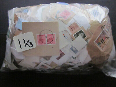 1000 Grams Of Used Gb Charity Mix Kiloware Mostly Definitives & Mainly Pre 1990.