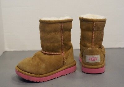 18febe8ea40 UGG AUSTRALIA TODDLERS' CLASSIC II Boots Chestnut/Pink 1017703T Girls size 7