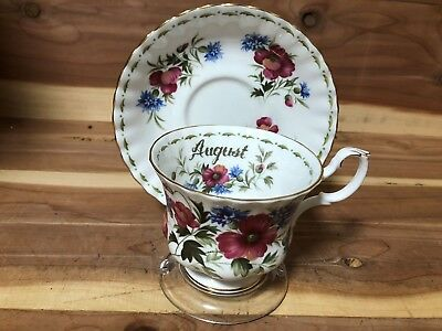 """Royal Albert """"Flower of the Month August Poppy"""" cup & saucer pre-owned"""