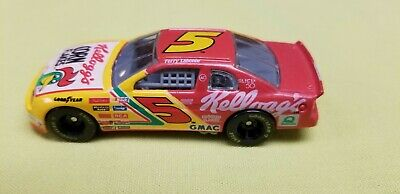 1996 Racing Champions 1:64 NASCAR Terry Labonte Kellogg's Monte Carlo #5