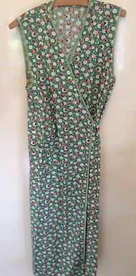 Wartime 1940/'s VINTAGE GREEN FLORAL WRAP AROUND PINNY//APRON /& HEADSCARF All Ages