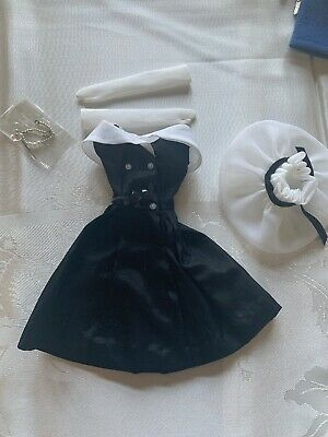 Vintage 1962-64: Barbie outfit # 934 AFTER FIVE. Hat Gloves Shoes Necklace