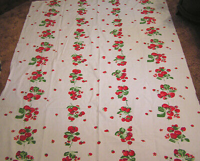 Vtg WILENDUR Cotton Tablecloth Repeating Rows of Red Strawberries w Sewn On Tag
