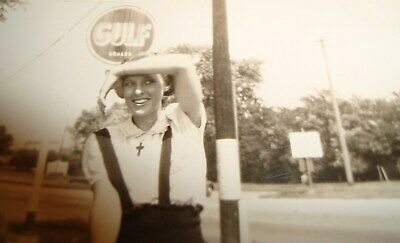 Vintage 40s Cumberland MD Gulf Dealer Sign Service Gas Station Pretty Girl Photo