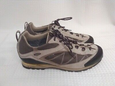 5f460ec76f3b9 MEN'S NEW BALANCE 703 Hiking Boots Goretex Vibram Walking Shoes ...