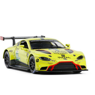 Aston Martin Vantage GTE Racing Car 1:32 Model Car Diecast Vehicle Gift Yellow