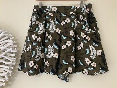 COUNTRY ROAD Culotte Shorts Size 12 Khaki With Birds & Nature Fab Condition 🦜