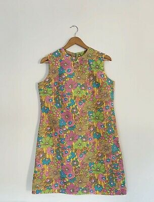 Orginal 1960s Dress. Vintage. Great Condition With Beautiful Floral Fabric.