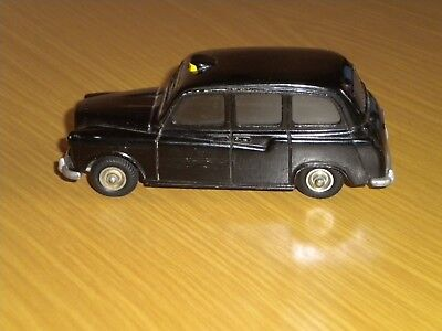 London Taxi  Cars  -  Metall   * BUDGIE MODELS *