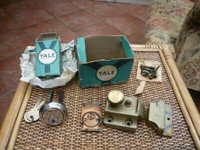 Vintage Quality British Yale Door Lock Night Rim Dead Latch With 2 Keys Boxed