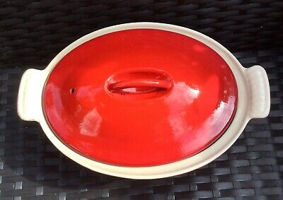 Le Creuset Red Oval Casserole Pot Size 22 used but good condition