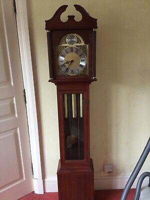 Lovely mahogany  Grandmother clock good condition