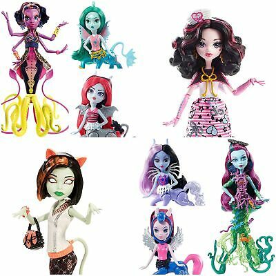 Monster High Dolls Scarrier Reef Fright-Mares Shriekwrecked Draculaura Clawdeen