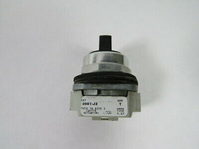 Allen-Bradley 800T-J2 Series T Selector Switch No Contacts 3 Position  USED