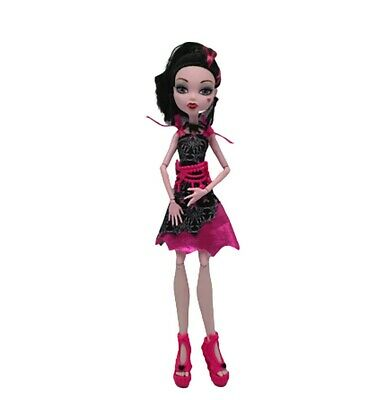 Monster High Doll Draculura Mattel 2008