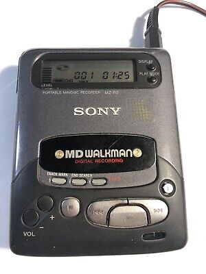 Sony MD Walkman MZ R2  With Case Recorder/Player