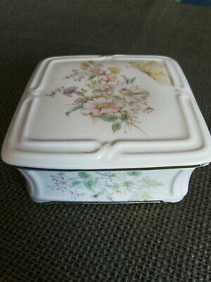 ROYAL ALBERT BONE CHINA BUTTERFLY DAYS No 52 LIDDED SQUARE TRINKET BOX