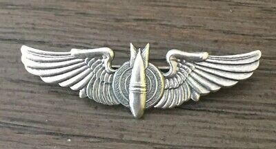 VINTAGE WWII STERLING SILVER US MILITARY AIR  Wings Bomber Pin