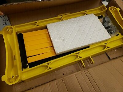 """2956-00008 Expandable Barricade, Fence Plastic Yellow 132"""" X 37"""""""