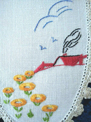 Gorgeous Vintage 'Red Roof' Cottage & Flowers  Hand Embroidered Sandwich Doily