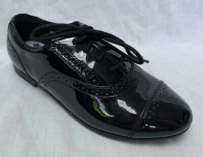 BNIB Clarks Girls Selsey Cool Black Patent Leather School Shoes