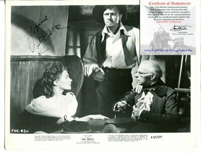 THE MUNSTERS lily YVONNE DECARLO autograph SIGNED 8 X 10 with COA 5147