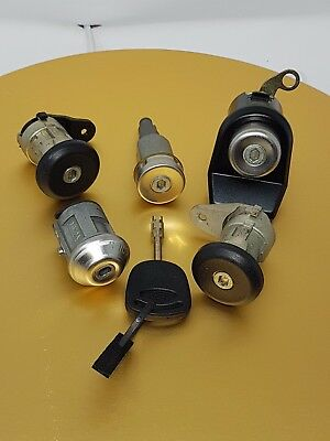 Escort Mk4 Orion Mk2 or Sierra 1986/1990 New Genuine Ford Single lock to a set
