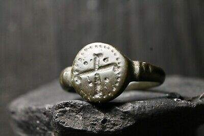 Rare Ancient Viking Patina Bronze Ring, Antique Pattern, 6th-11th Century AD.