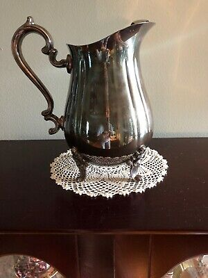 Vintage Gorham Heritage Silver plate Water Pitcher w/Ice  Lip & Claw Feet