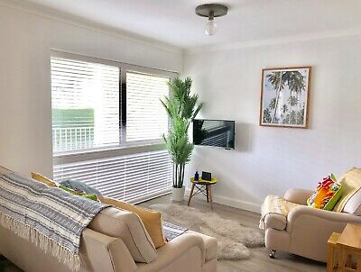 Holiday apartment in Polzeath, Cornwall, Sleeps 4+ inf, Parking * 3 nights Sept*