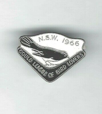 1966 N.S.W GOULD LEAGUE OF BIRD LOVERS enamel badge - WILLY WAGTAIL - A.J.PARKES