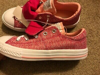 4c09a781877 NWT GIRLS PINK Converse All Star Sneakers Size 2