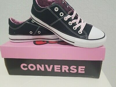 Converse Chuck Taylor All Star Lo Hello Kitty Fashion SNEAKERS 8.5 M US Women