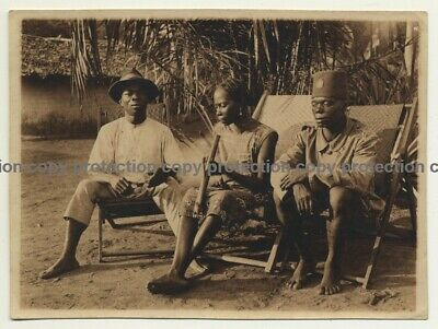 Congo / Africa: Congolese Police Officer & Friends Smoke Pipe (Vintage Photo Sep