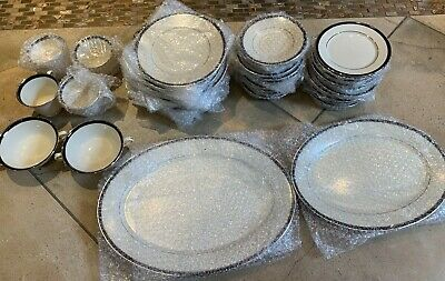 LENOX china BLACK ROYALE pattern 44 piece set includes 2 serving dishes