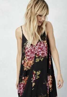 Love Stitch Black Summer Floral Cocoon Maxi dress