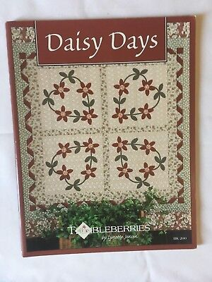 """Daisy Days"". quilting, patchwork instruction & pattern book."