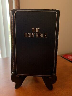 Holy Bible, The New King James Version Leather Bound Red Letter