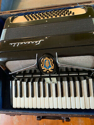 Beautiful vintage Serenelli piano accordion. 48 Bass keys, 34 main keys.